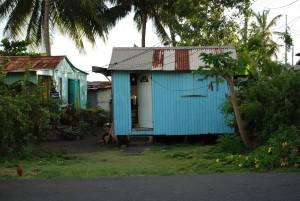 Holzhaus auf Füssen
